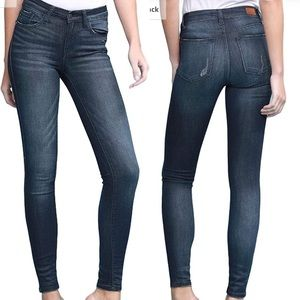 NWT JUDY BLUE mid rise skinny jeans size 5